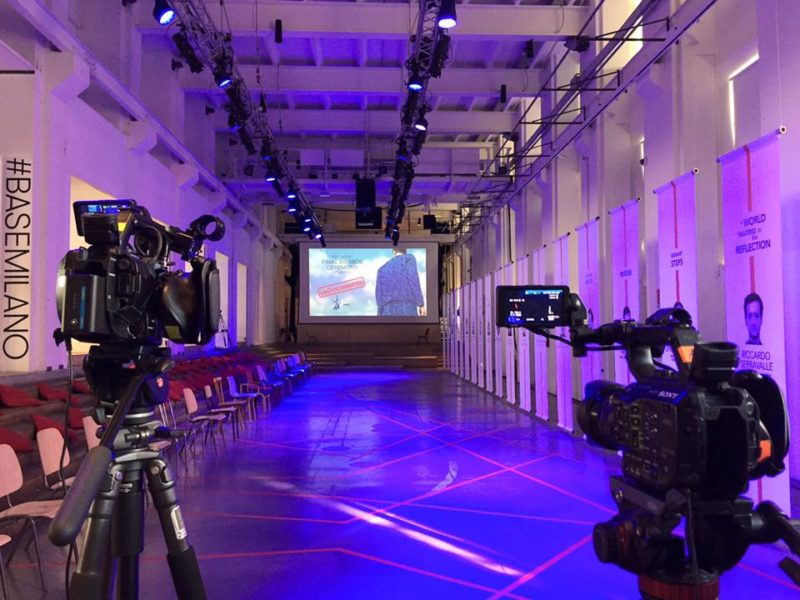 Due Telecamere per la Produzione Video della Sfilata